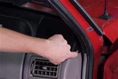 How To Install Fox Body Mustang Door To Body Weatherstrip (79-93)